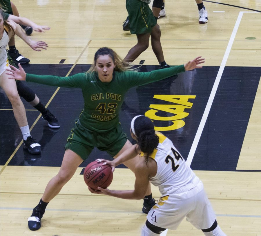 Cal+State+LA%27s+Women%27s+Basketball+team+loses+a+home+game+74-58+against+Cal+Poly+Pomona.+Photo+by+Brian+Delgado