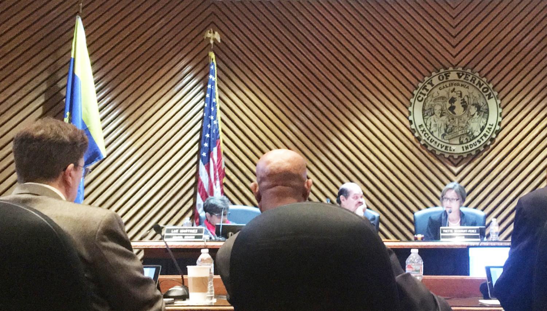Mayor Yvette Woodruff-Perez (right) and Mayor Pro Tempore William