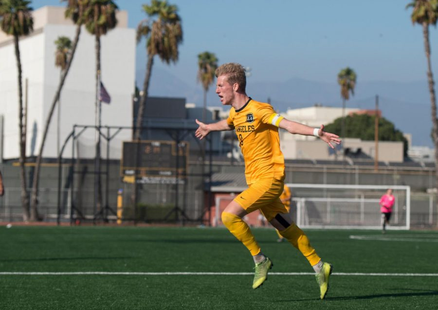 Cal+State+LA+men%27s+soccer+team+edged-out+Sonoma+State+1-0.+