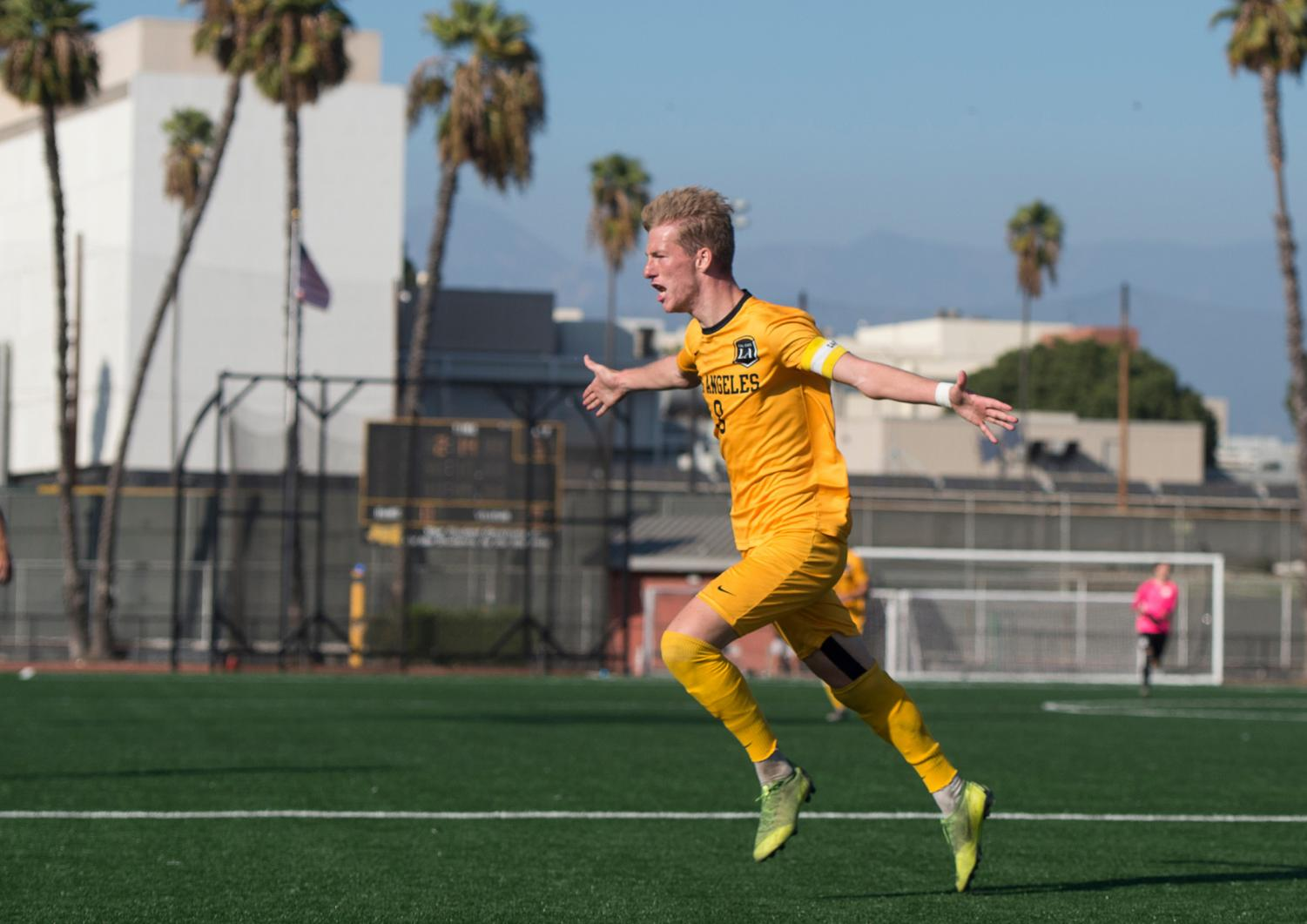 Cal State LA men's soccer team edged-out Sonoma State 1-0.