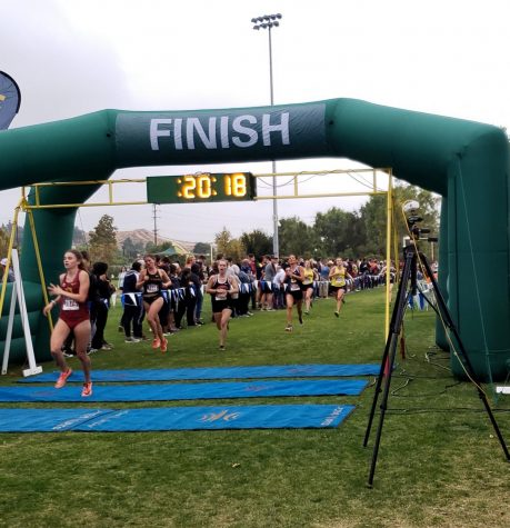 Rebeca Harris From the Women's Cross Country Finishing the race in28 minutes and 18 seconds.