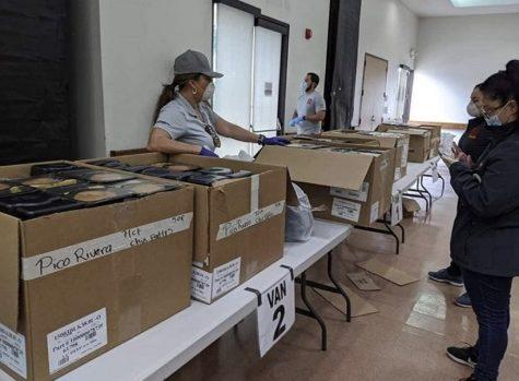 Pico Rivera senior center staff prepare meals for delivery. (Photo courtesy of the city of Pico Rivera)