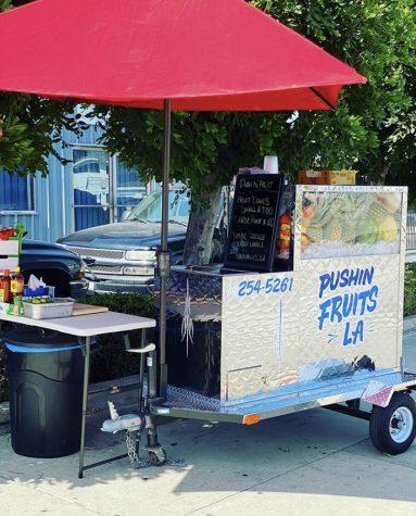 Photo of Pushin Fruits LA stand, photo courtesy of Jorge Urrea from @pushinfruits_la on Instagram.